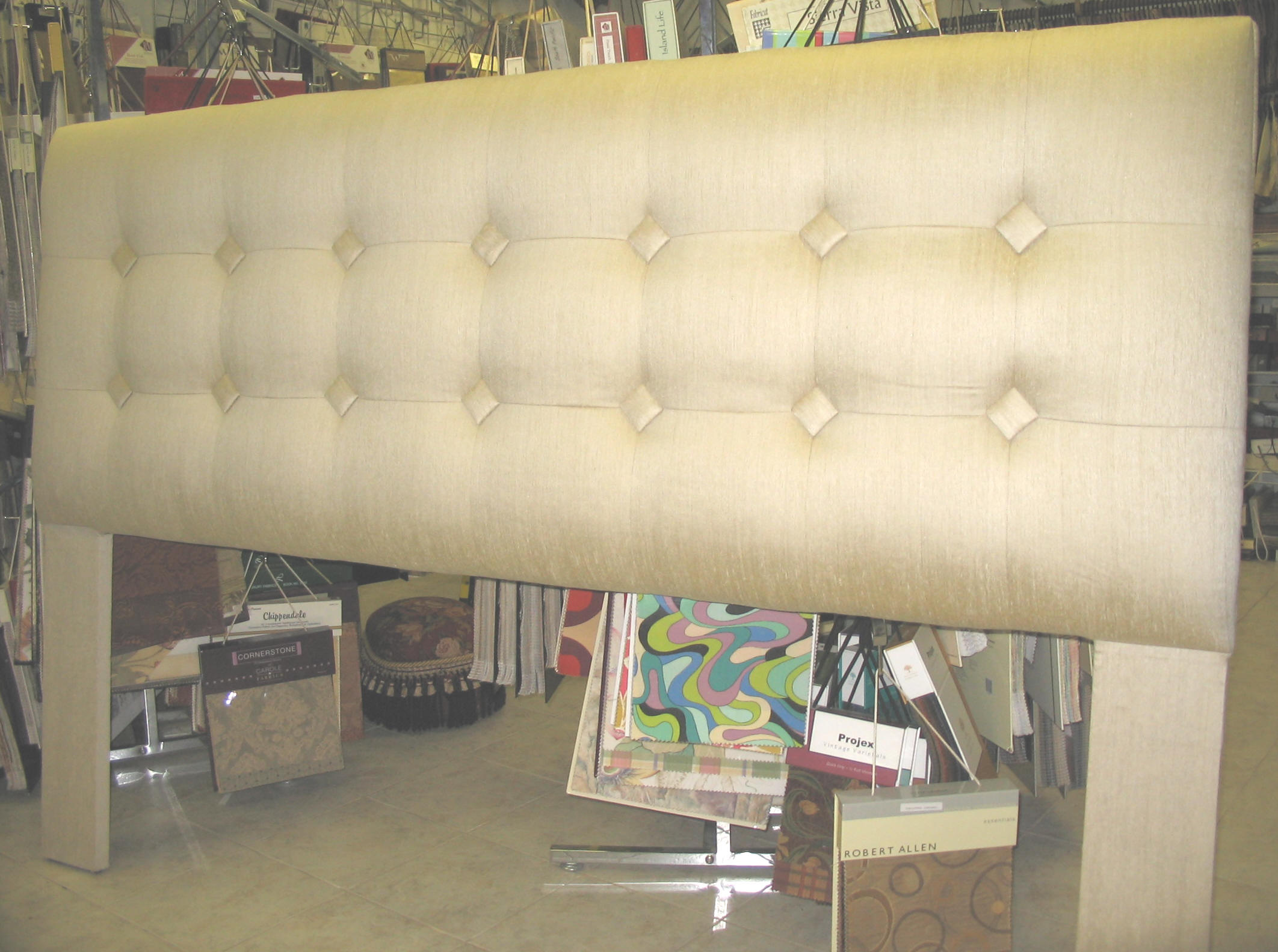 Diy foam headboard do it your self for Do it yourself headboards with fabric