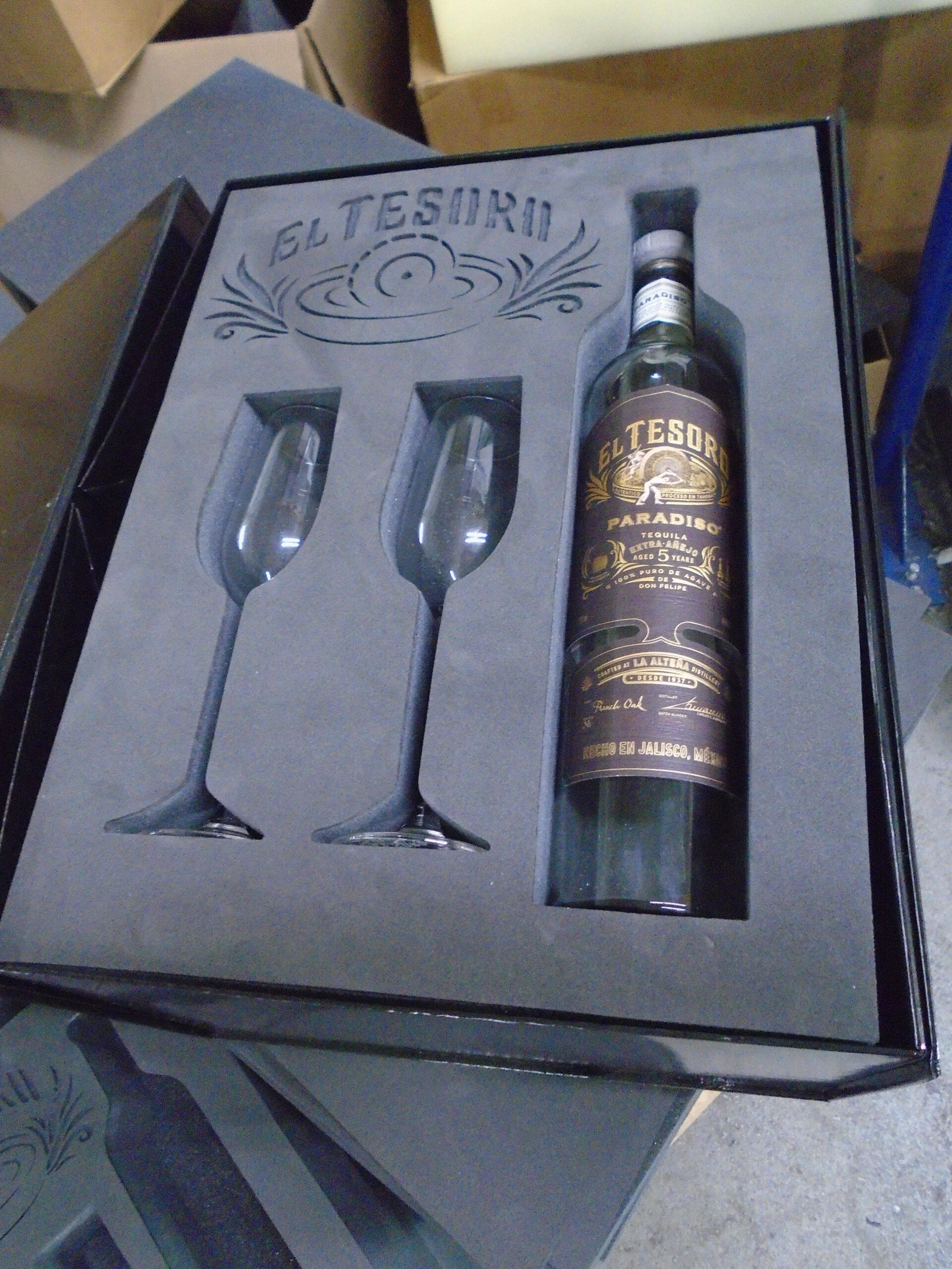 wine glasses foam kit